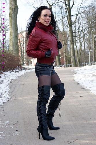 Latex Stiefel - Fetischanzeigen - BDSM, Erotik Fetisch