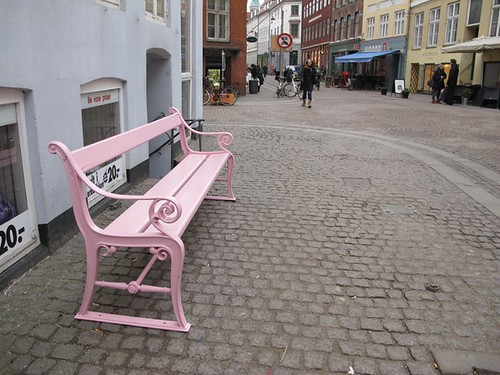 The Copenhagen bench | by Sandra Hoj / Classic Copenhagen
