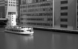Rolling on the (Chicago) River | by Fogel's Focus