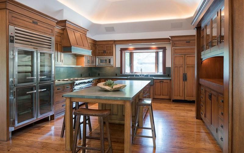 Кухня в стиле кантри в доме Брюса Уиллиса в Сан-Валли