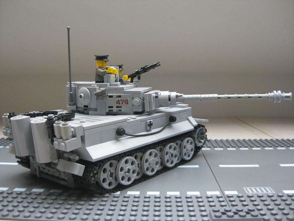 Lego Tiger 1 Tank - YouTube