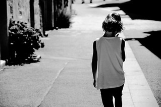 Léo in the street | by lb photographie
