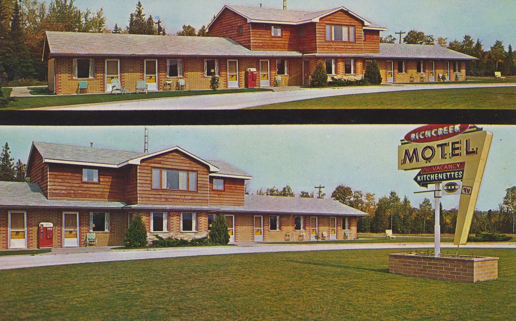 Richcreek Motel - Cedarville, Michigan