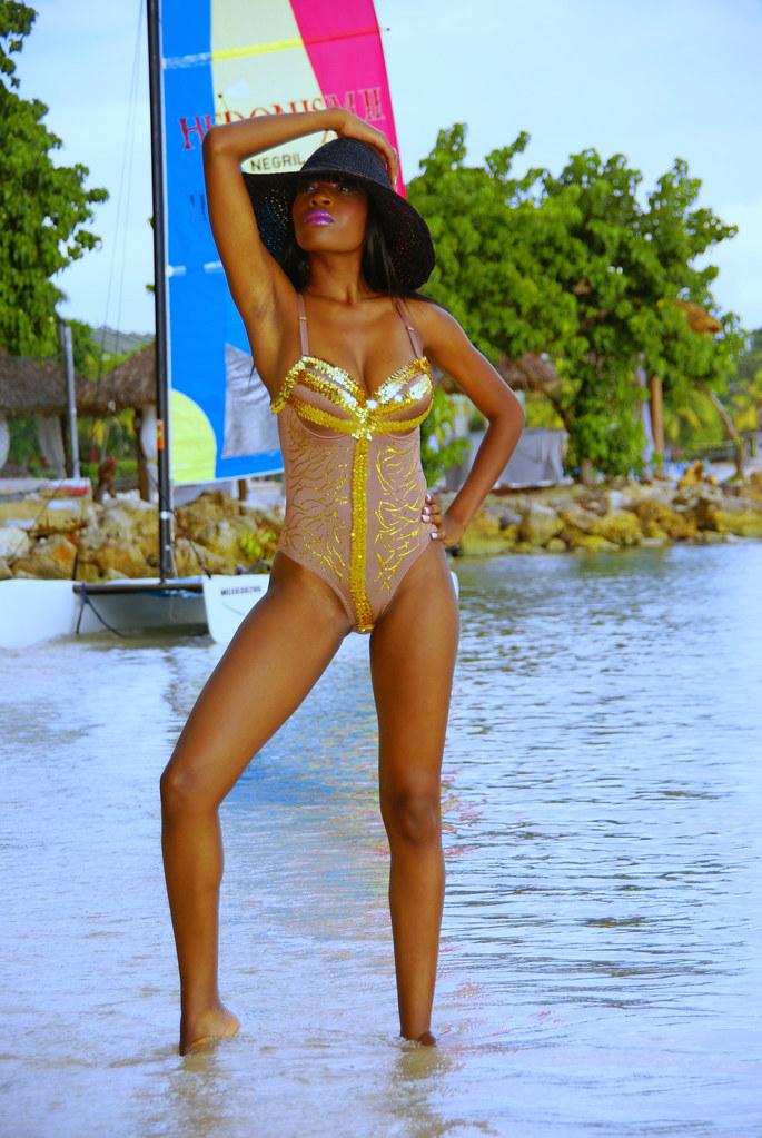 Bikini bonita jamaica model