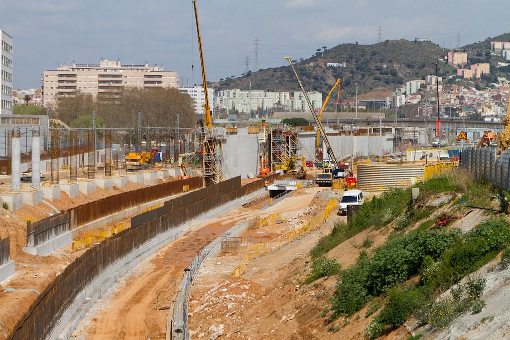 Zona Estacio De Sant Andreu 21 03 11 Vadeobras Flickr