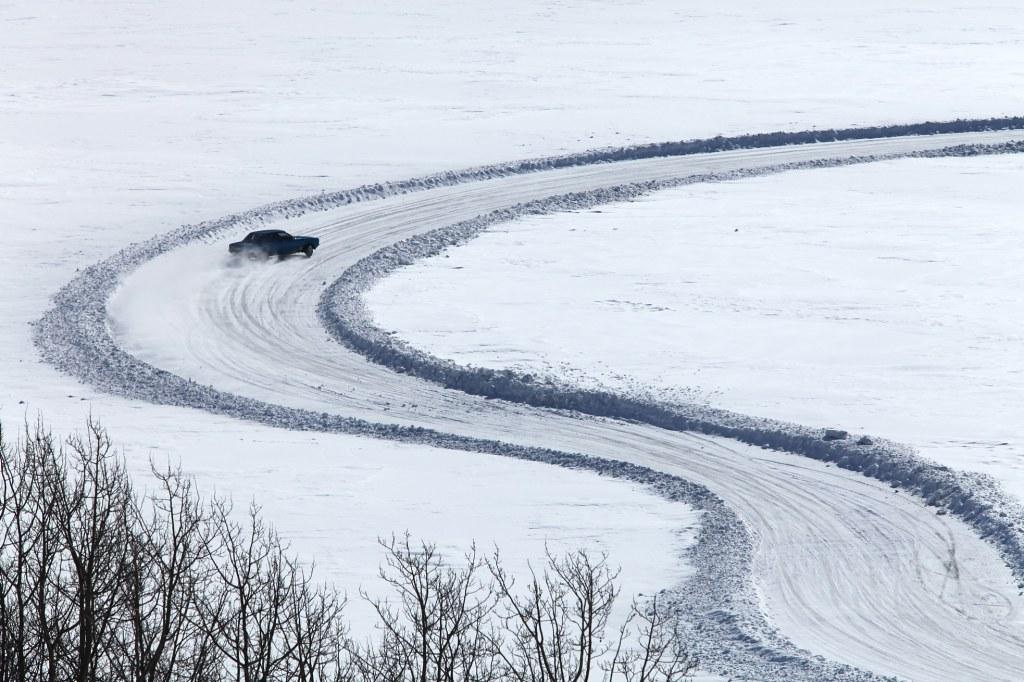 AV05 AV19 cloudman7 (Noruega) - Carreras en el lago helado - Tomada en Vaga el 19032011