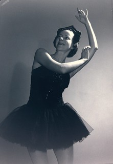 Alison Lee, stage name Helene Lineva and star of the Original Ballet Russe, 1939-1940, posing in the studio, Sydney / photographer Max Dupain | by State Library of New South Wales collection