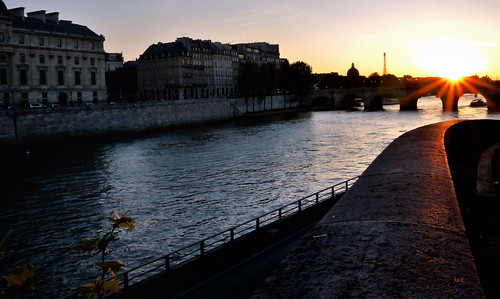 Sunset parisien