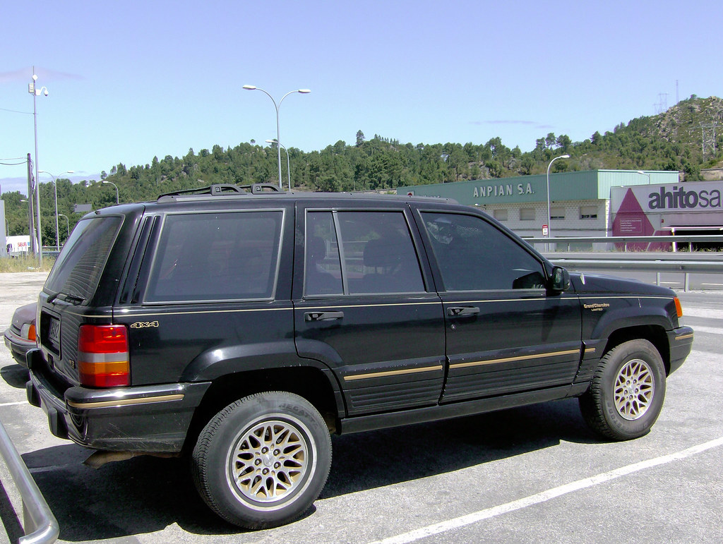 ... 1994 Jeep Grand Cherokee Limited 5.2 V8 | By FiatTipoElite