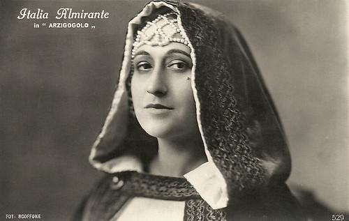Italia Almirante