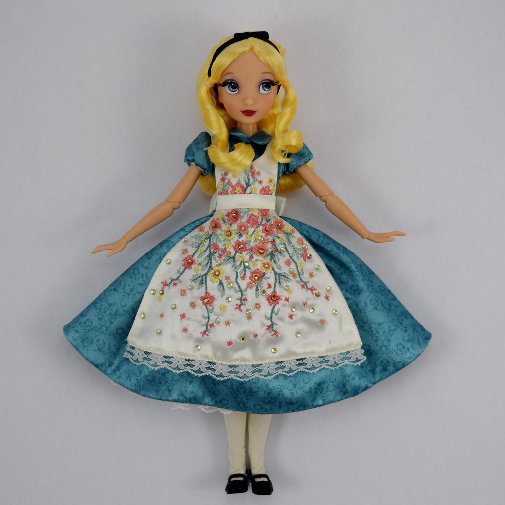 Dresses skirts clothes women disney store -  Alice And The Queen Of Hearts Doll Set Disney Fairytale Designer Collection Disney Store