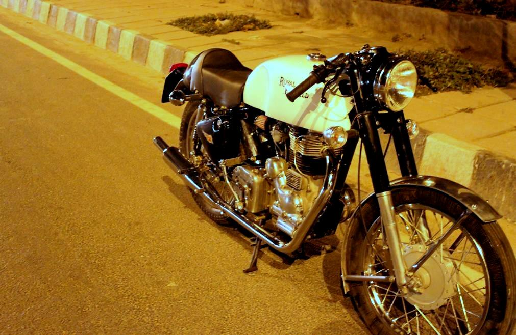 Royal Enfield Cafe-racer Clubman Customized | Vintage Auto World ...