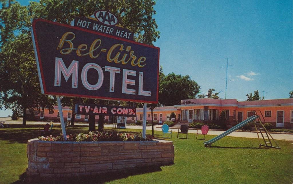 Bel Aire Motel - Albert Lea, Minnesota