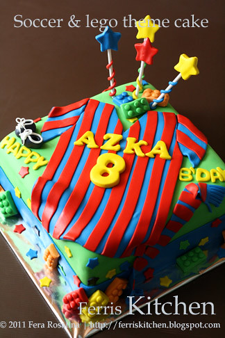 Soccer And Lego Theme Cake By Ferris Kitchen Fera Rosalina Flickr