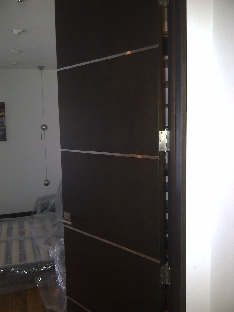 ... Flush Interior Doors Stainless Steel Channels | By DecoDesignCenter.com