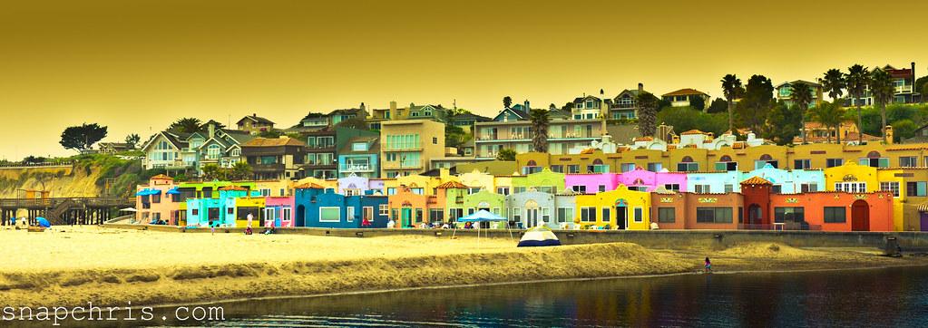 colorful beach bungalows in santa cruz venetian hotel capitola by tibchris