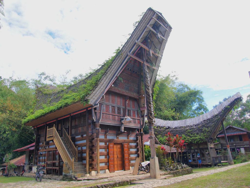 Ruta Cultural Funeraria por Tana Toraja