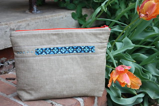 pouch back | by Sew Peachey