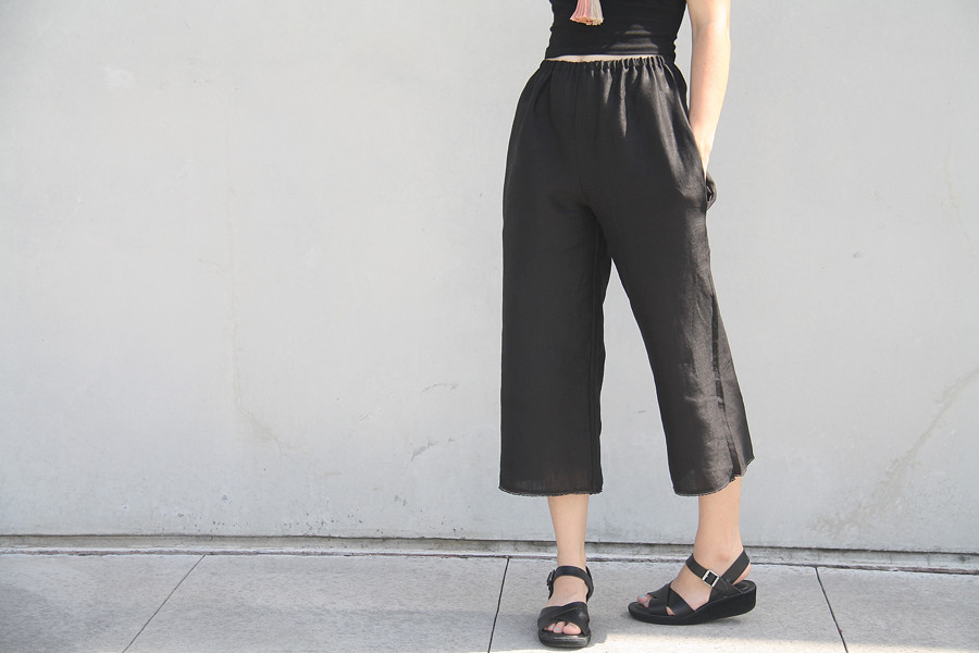 simple modern sewing: crop pants | linen crop pants sewn fro… | Flickr