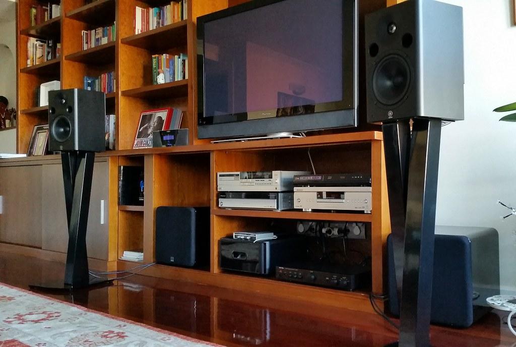 Quien usa monitores de estudio ? Comentamos que modelos tenemos y que tal nos van ?  29863002760_f9f9ce99e7_b