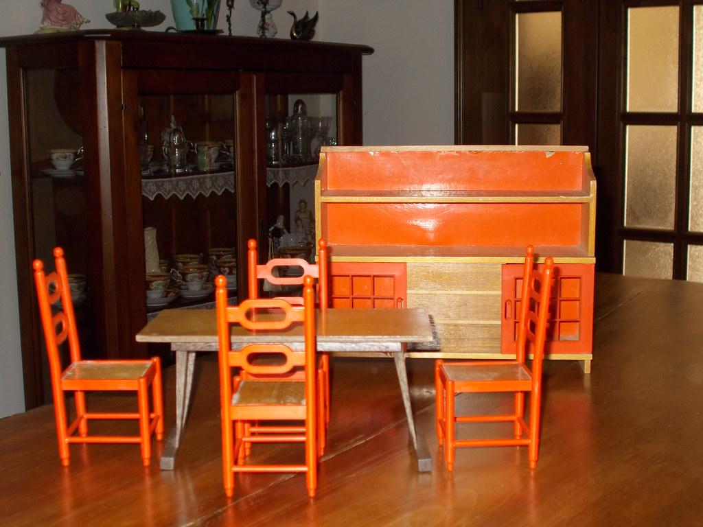 Mobili Per Bambole In Legno : Frade mobili per bambole in legno tinello cecilia barba flickr