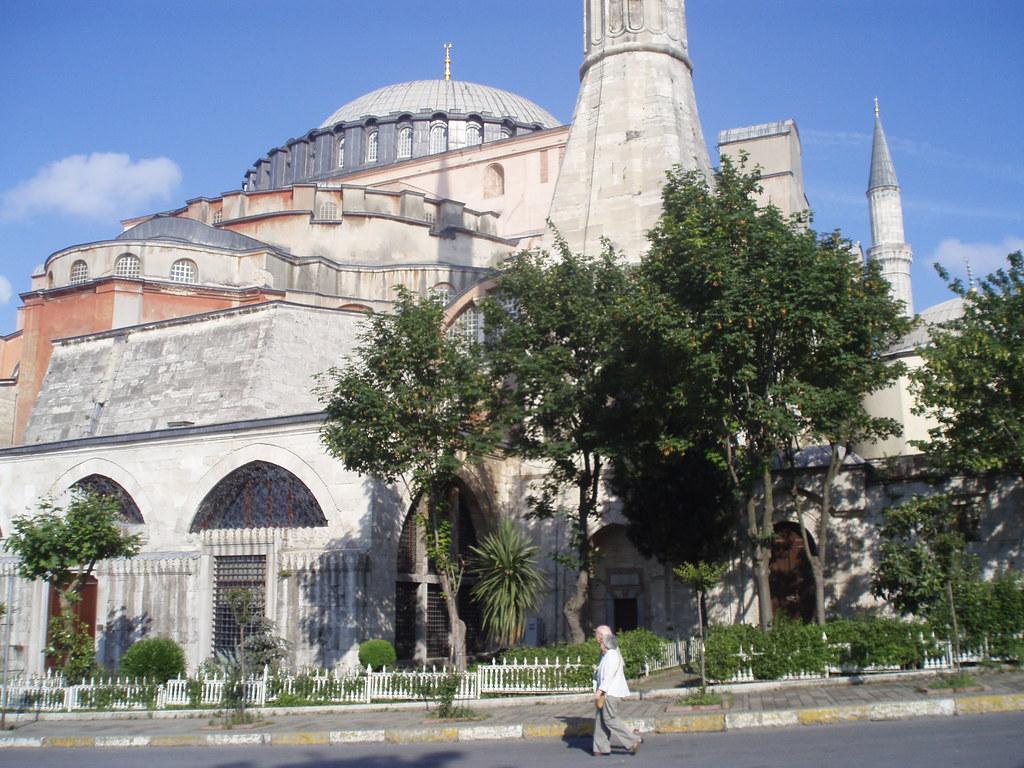 Istanbul by Jan C. Rabuszko