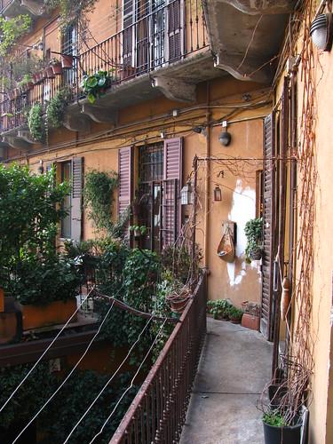 Casa di ringhiera milano gennaio 2011 b plessi flickr for Case a milano