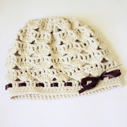 Shell Motif Hat | by mon petit violon