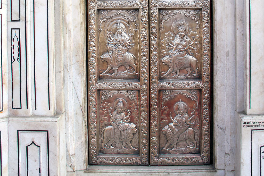 ... Carved silver door of the Durgiana Mandir | by Laszlo Bolgar & Carved silver door of the Durgiana Mandir | The famous Hinduu2026 | Flickr