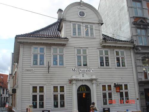 McDonald's Rosmalen (Netherlands) (Meteorry) Tags: roof holland netherlands  dutch sign restaurant