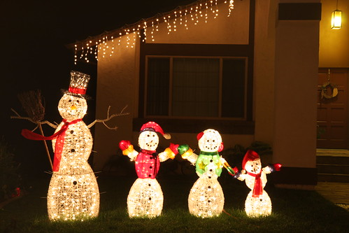 Snowman family display | by San Diego Shooter