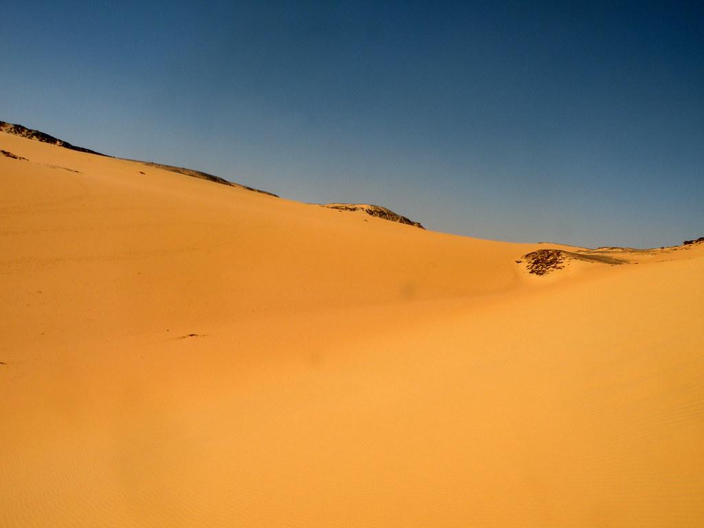 deseart sand aswan egypt kohlirajiv flickr