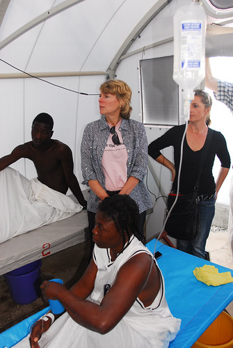 Visiting with patients of a cholera treatment unit | by Save the Children