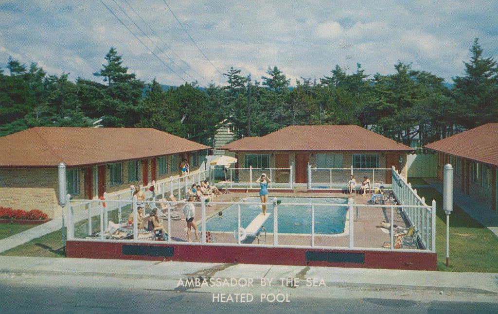 The Ambassador Motel Apartments - Seaside, Oregon