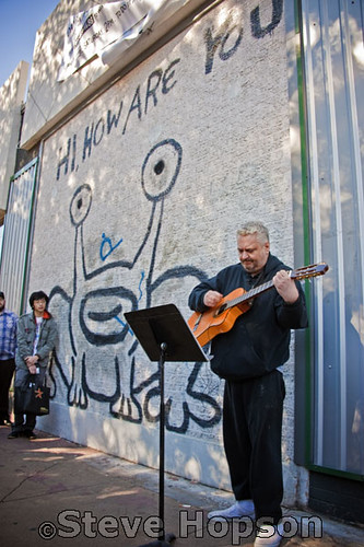 Daniel johnston hi how are you daniel johnston performs for Daniel johnston mural austin