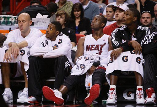 heat bench | by basketbawful