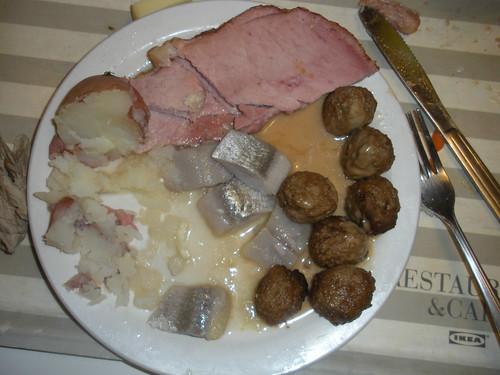 K ttbullar ham herring ikea julbord emeryville for Ikea berkeley ca