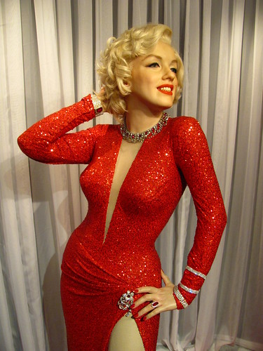 Marilyn Monroe figure at Madame Tussauds Hollywood | by Castles, Capes & Clones