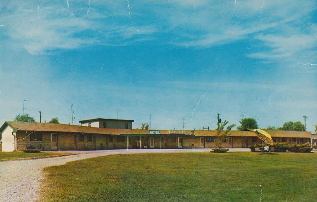 Motel Forrest & Restaurant - Rockville, Indiana