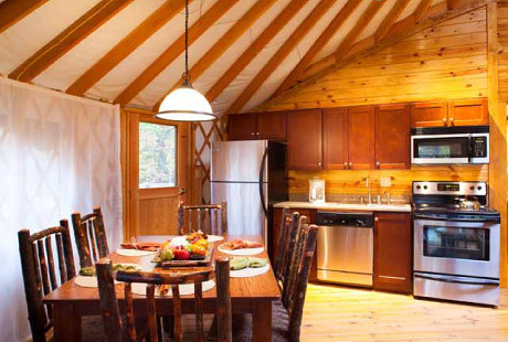 ... Yurt Kitchen And Dining   Shenandoah Crossing | By Bluegreen Vacation