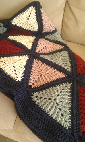 Crochet triangle blanket detail | by schjerning