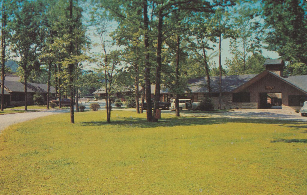 Twin Island Motel - Gatlinburg, Tennessee