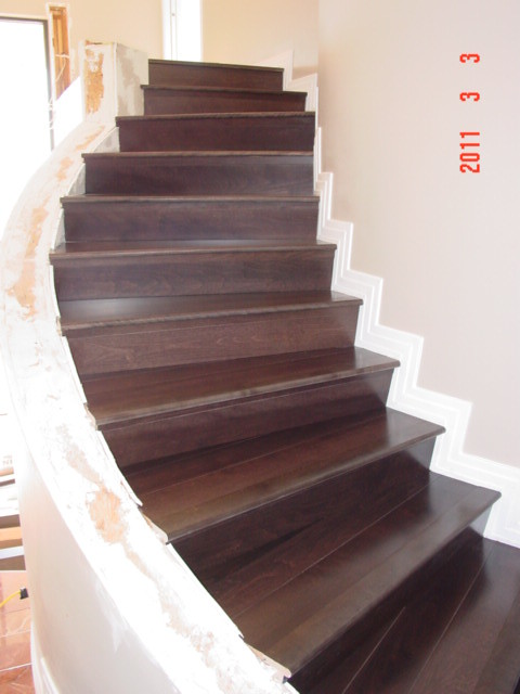 Incroyable ... Wood Floor Stairs, Tucson, Prefinished 3/4 5 Inch Plank Pie Stairs |