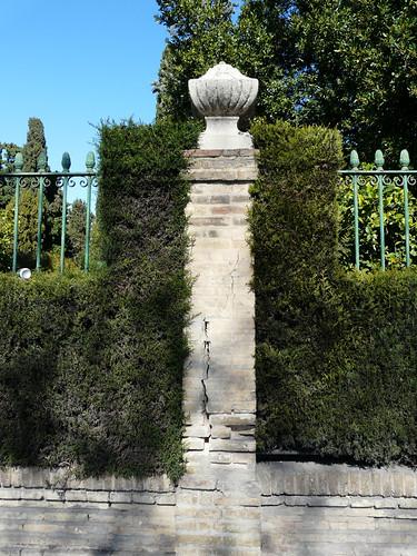 Jardines del real jard n de los viveros de valencia ve for Viveros en segovia