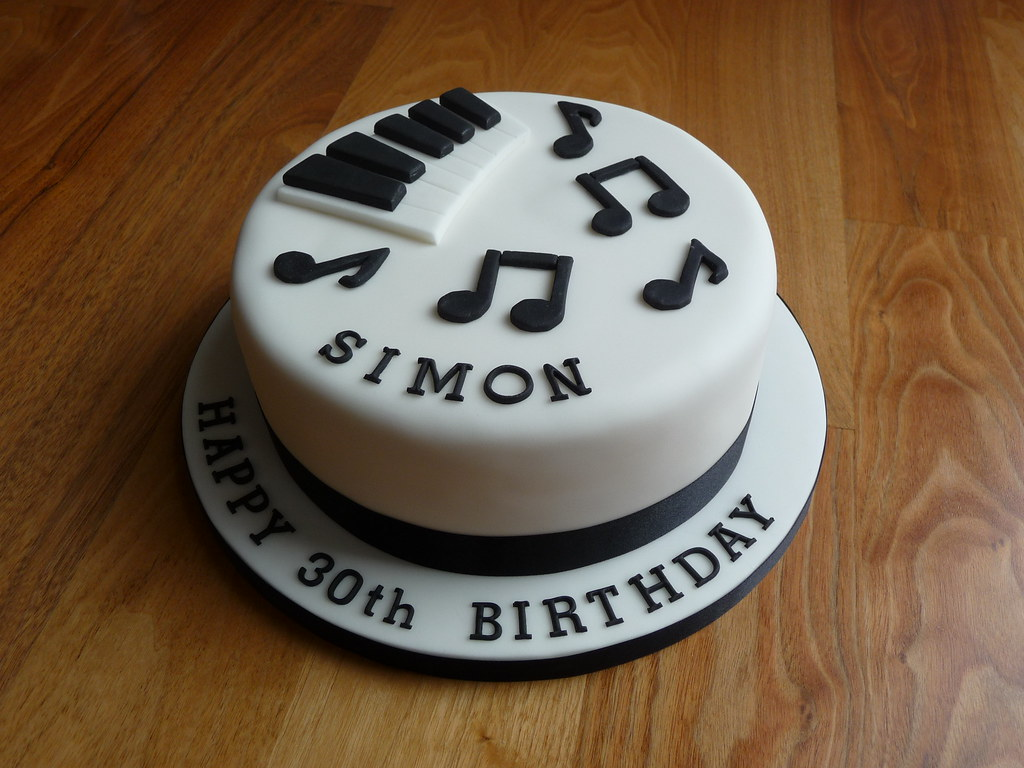 Piano Themed 30th Birthday Cake The Customer Wanted A Pian Flickr