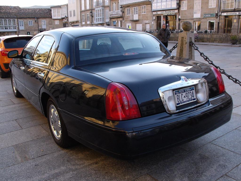 1998 Lincoln Town Car Signature Series Fiattipoelite Flickr