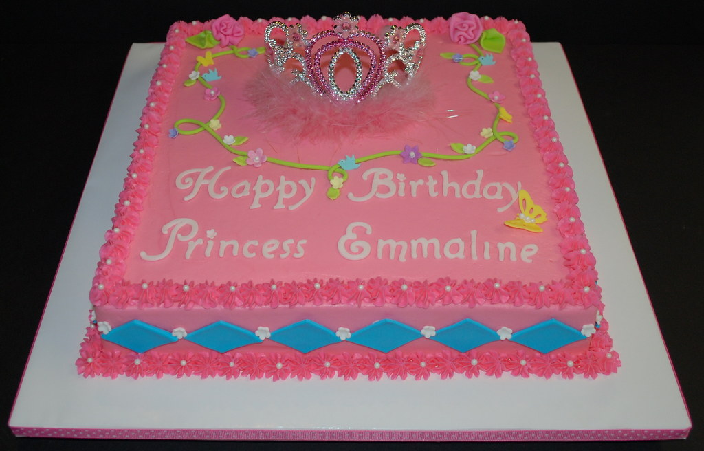 Princess Tiara Birthday Cake This Is A 12 Square Sheet Ca Flickr