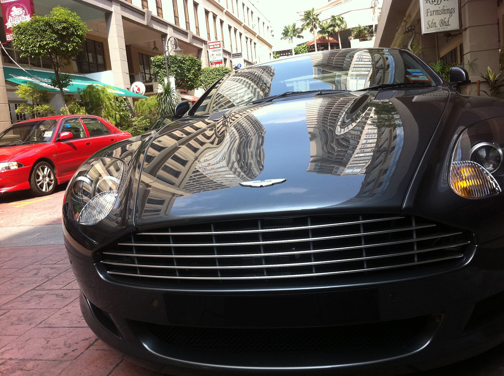 aston martin db9 front grill   this is an aston martin db9's…   flickr