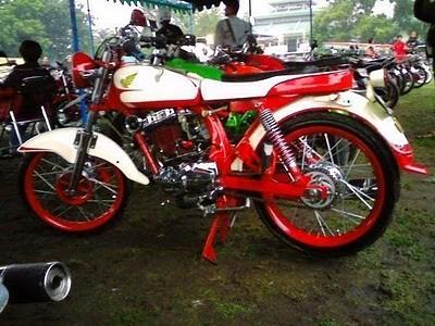 Honda Cb 125 Modif Merah Putih Cb Wonosobo Flickr