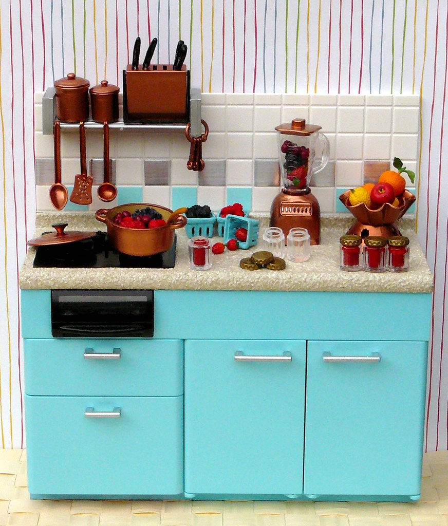 Re-ment Blue & Copper Painted Kitchen: Making Jam | This was… | Flickr